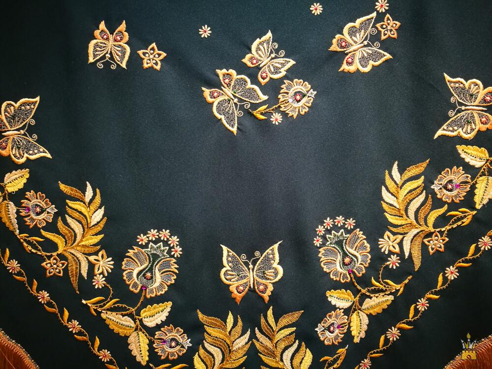 Городецкая золотная вышивка