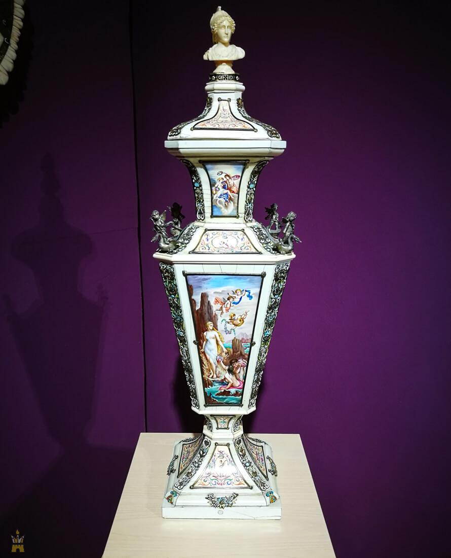 Божественная любовь: выставка частной коллекции «Чарующее мифов волшебство» в Художественном музее