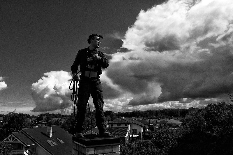 Выставка эстонского фотографа Татьяны Линд «Коснуться неба: трубочисты»
