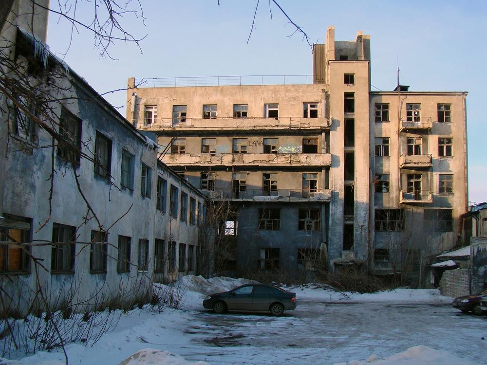 Дом-коммуна работников НКВД, или Дом Чекиста, затем клуб им Дзержинского, затем памятник, который мы теряем