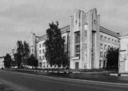 Престижная поликлиника номер 1, заслужившая особенное здание на Нижневолжской