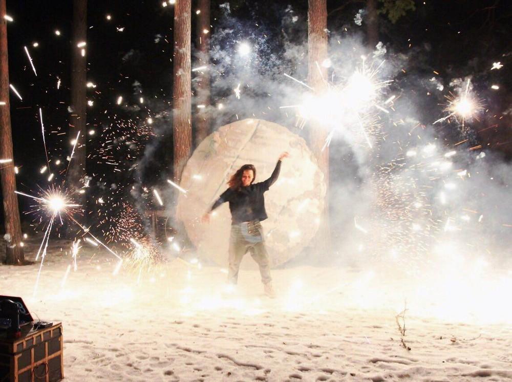 Зимний творческий лагерь для взрослых ЛОМ (Лесных Открытых Мастерских) пройдёт в Сёрфлагере на Горьковском море