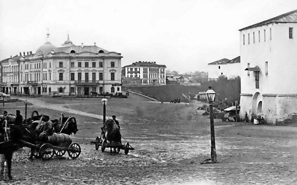 Дом Бугрова на Благовещенской площади (пл. Минина и Пожарского)