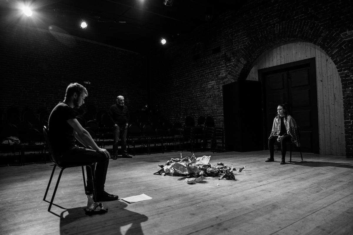 Премьеру спектакля «Марютка» по рассказу Бориса Лавренёва «Сорок первый» представит «Маленький театр» в Центре театрального мастерства