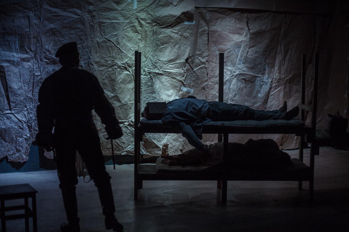 Спектакль «Номер шестой» независимого театра ROOM прошел в Центре театрального мастерства в рамках фестиваля-конкурса «Театральная стрелка»