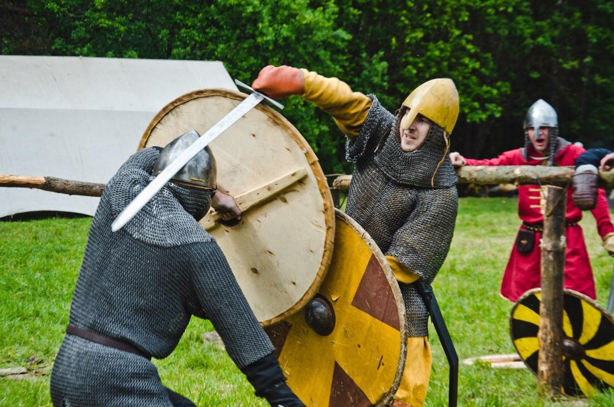 Программа фестиваля «Ржавый меч»