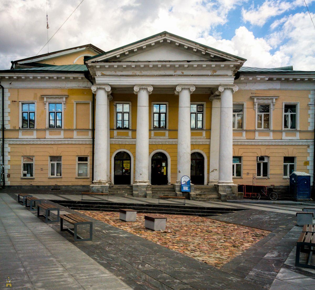 Дом культуры имени Свердлова (бывшее Дворянское собрание) в Нижнем Новгороде
