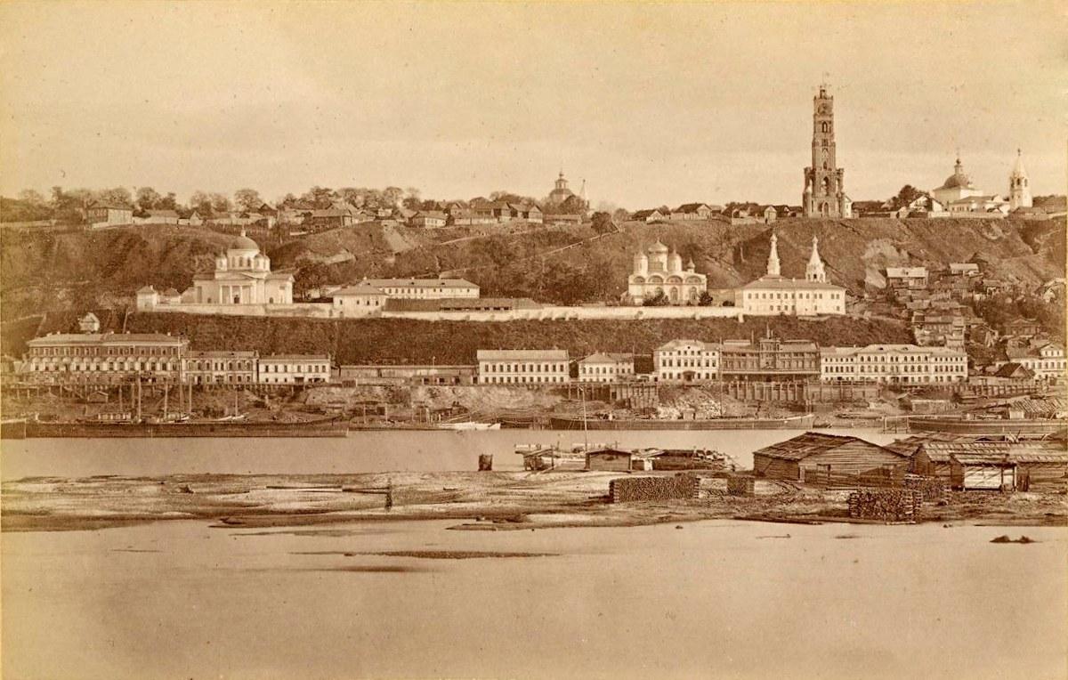 Вид на Муравьёвскую башню с ярмарки (Гребешковский откос)
