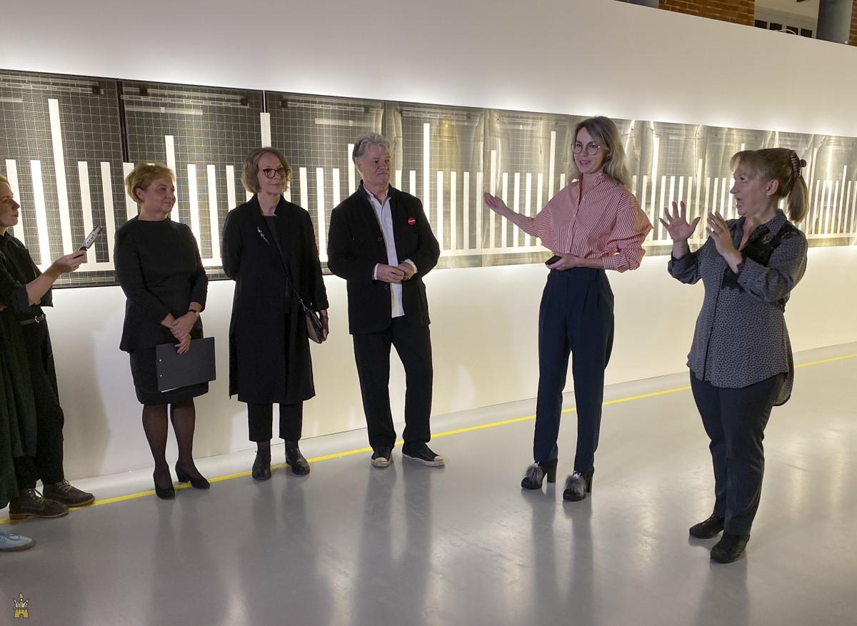Открытие выставок «Ателье рисовальщика», «Единомышленники» от музея «Гараж», «Ноша»