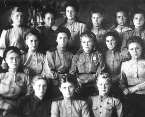 Итоговая выставка областного фотоконкурса «Женское лицо войны», посвященная 75-летию Победы в Великой Отечественной войне