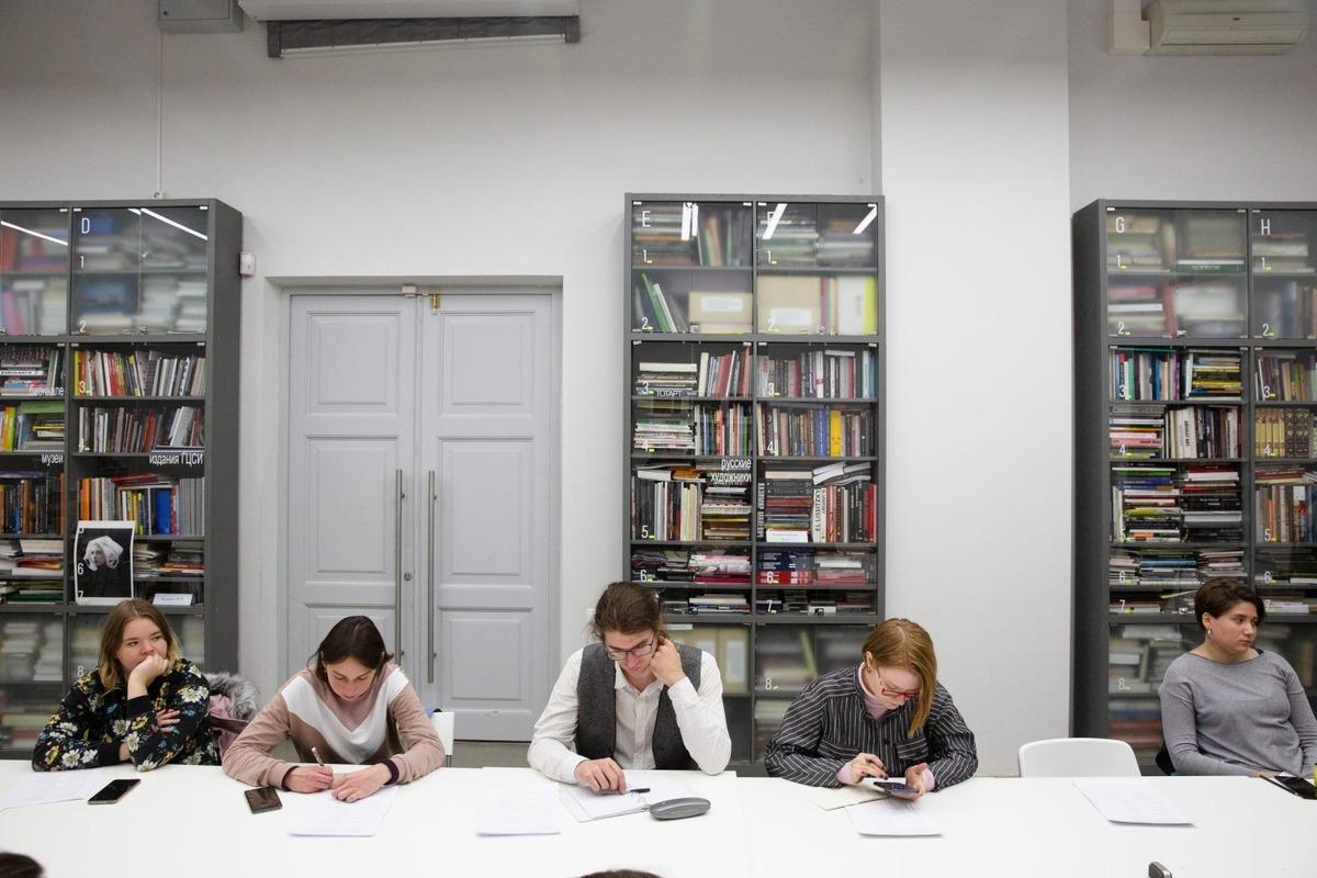 В рамках фестиваля «Вазари. Новое? Искусствознание?!» в Арсенале в августе состоится школа перевода немецкоязычной поэзии