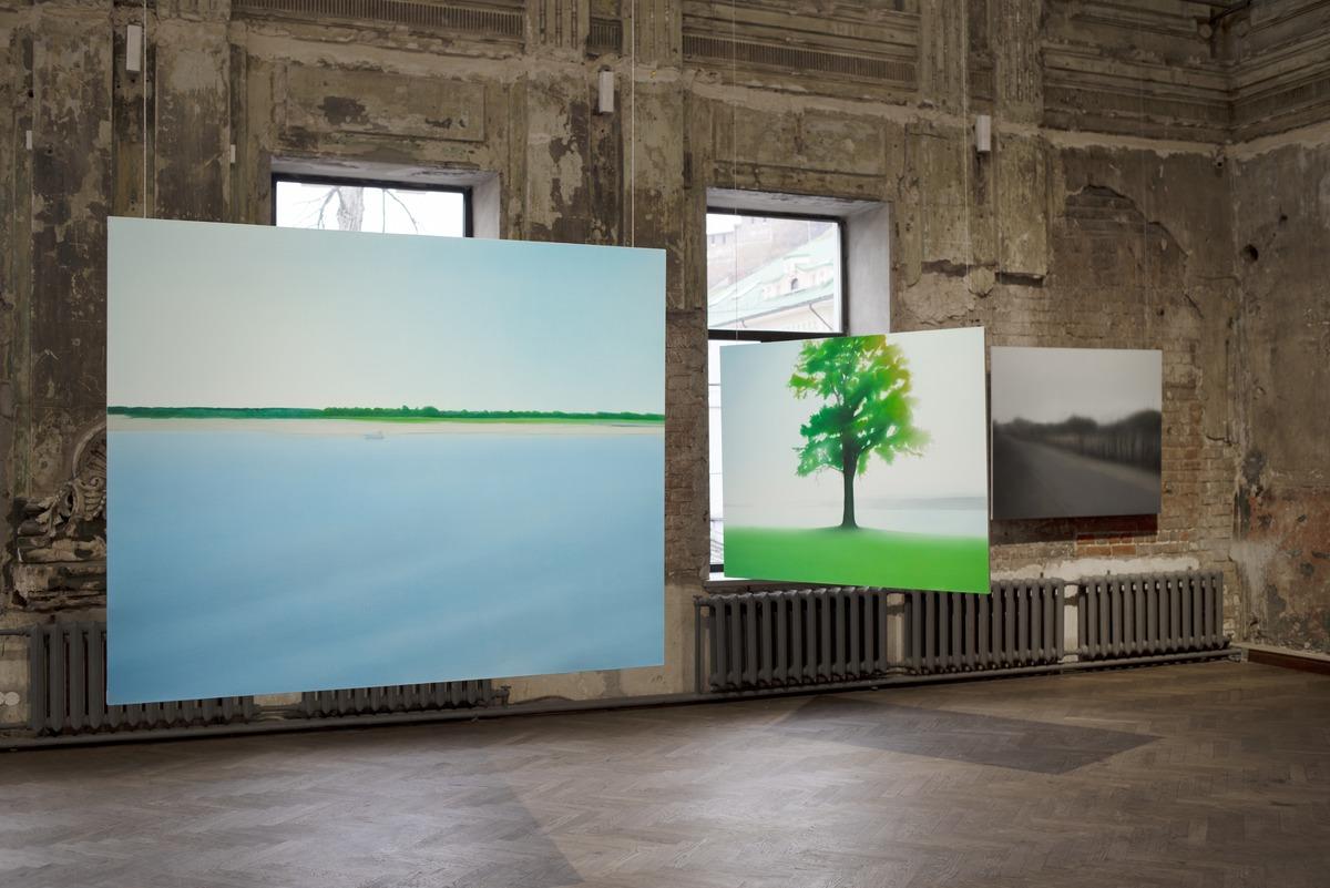 Выставка «Не сезон» московской художницы Евгении Буравлёвой