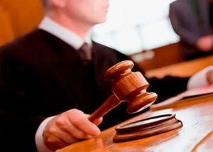 Как выбрать юриста по трудовым спорам?