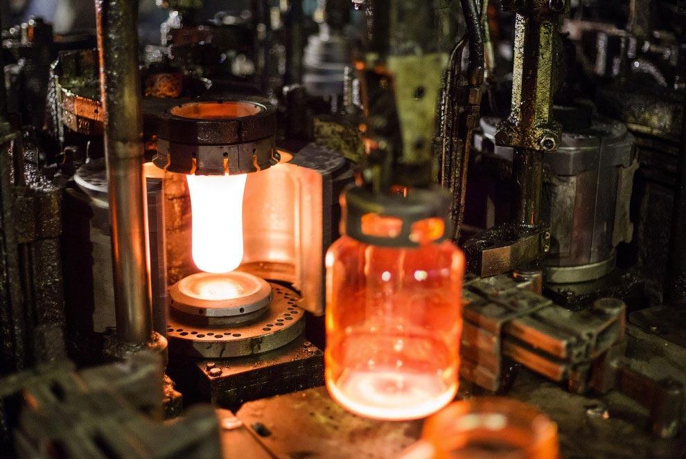 Технология производства стеклянной бутылки