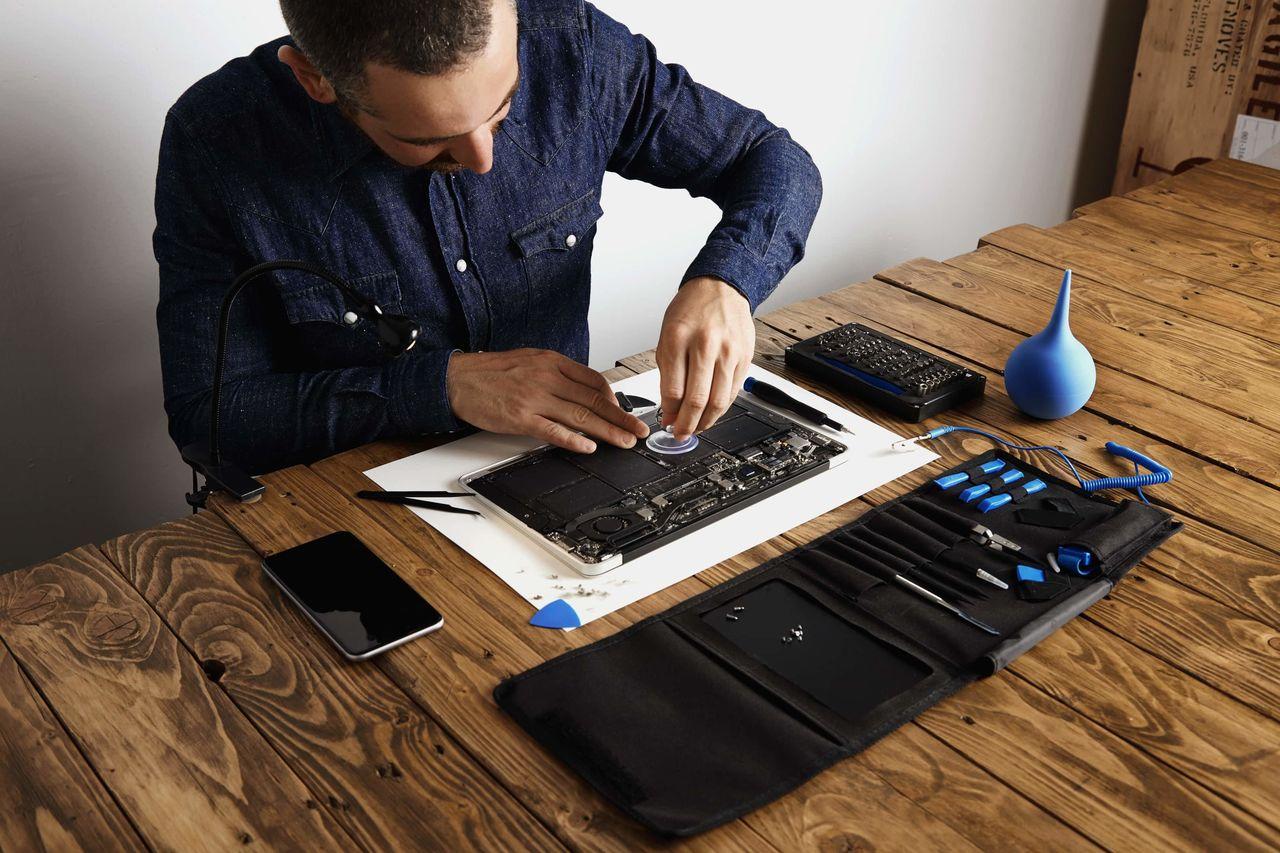 Особенности ремонта ноутбуков Macbook от Apple